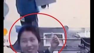 Robbery Fail Chinese Teller Laughs When Seeing Man With Knife wanting to Rob Bank