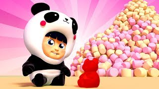 Gummy Bear & Giant Candy Song   One Zeez 🎤 Kids songs and dance for Children Nursery Rhymes 🎷