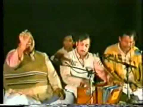 Dayar-e-Ishq Mein Apna  - Nusrat Fateh Ali Khan - 1 of 2