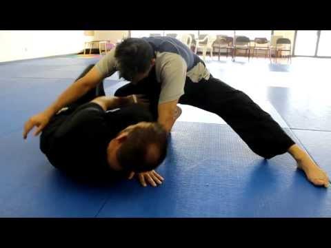 Texarkana Jiu Jitsu BJJ Video - Knee On Belly Escapes, No Gi Bottom Escapes Image 1