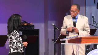 Dr Meskerem T Kifetew at  Sunday morning service - AmlekoTube.com