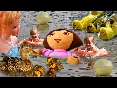Пикник с палаткой на берегу Купаемся в озере с УТЯТАМИ Играем в мяч Кукла Барби Даша Путешественница