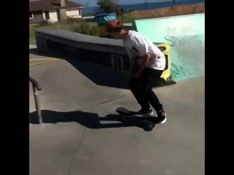 Another mindbender from @skategustavo ✨💕📲: @instatiago | Shralpin Skateboarding