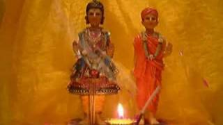 BAPS SWAMINARAYAN AARTI (WITH REAL AARTI FLAME!)