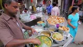 ^Muni - Old Delhi - 'Paapd Chaat Stand (Street Food)'