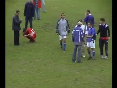 Football Fight - Brutality