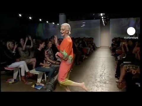 euronews le mag - Rayas, fluidez y color en la pasarela neoyorquina
