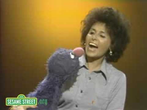 Sesame Street: Lena Teaches Grover To Say