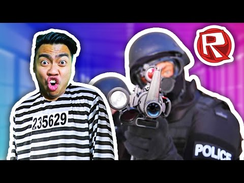 SURVIVING PRISON! | Roblox