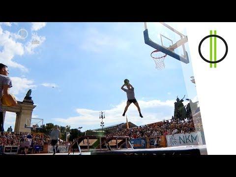BuDunkpest – Akrobatikus Kosárlabda Verseny a Hősök terén