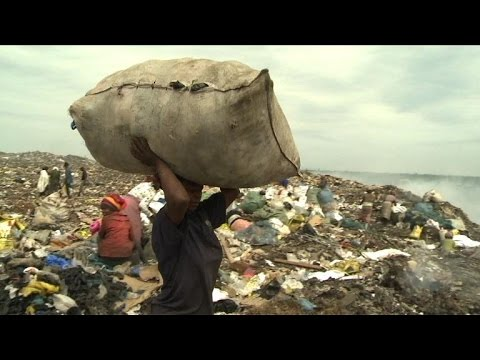 Half a dollar a day for Maputo's dump workers
