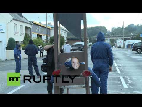 Во Франции фермеры жгут излишки урожая из-за российских санкций
