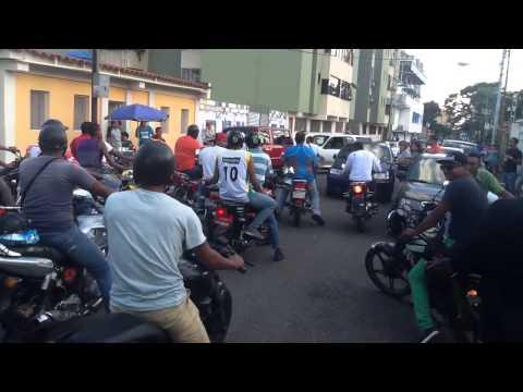 Motorizados trataron de amedrentar en Naguanagua (Carabobo)