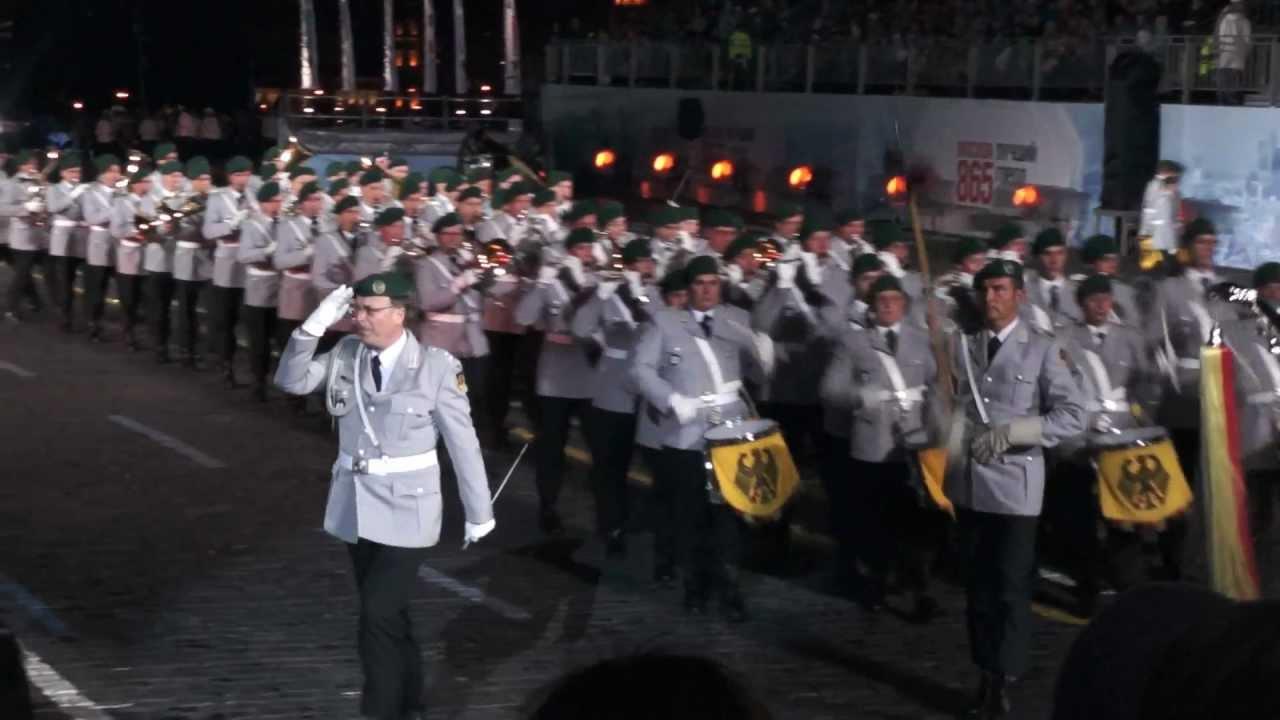 Musikkorps Der Schutzpolizei Berlin - Einzug Der Gladiatoren