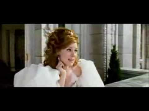 Disney's Enchanted - happy Working Song (actual Footage) video