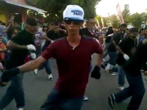 Bupolo Dancer(gang talko)