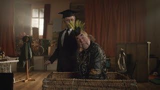 【宇哥】豆瓣8.9喜剧神片:俩戏精搞笑至极,看到结尾我却哭了……《9号秘事:伯尼·克利夫顿的更衣室》 HD