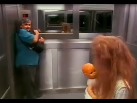 Extremely Scary Ghost Horror Elevator Prank - Der Horror Fahrstuhl