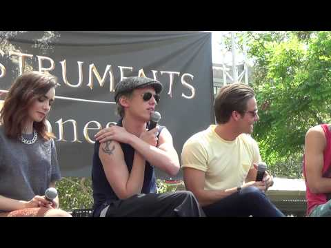 PART 2: The Mortal Instruments: City Of Bones Mall Tour - Los Angeles (August 13, 2013)