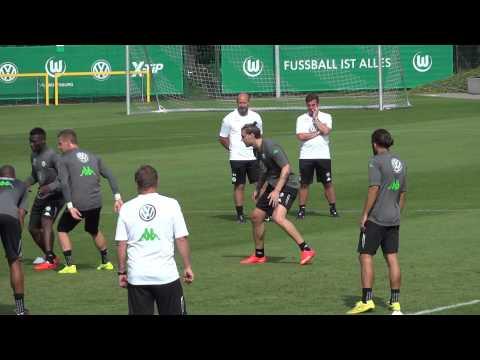 Vfl Wolfsburg: Nicklas Bendtner im ersten Training - Willkommen