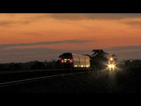 V/Line Passenger Trains Cross At Sunset - PoathTV Australian Railroads, Railways & Trains