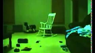 Scary Movie does the chair moves?