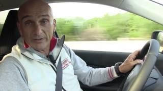 Gabriele Tarquini alla guida del nuovo Honda CR-V 1.6 diesel i-DTEC