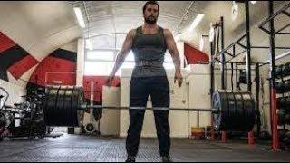 Training-Henry Cavill..