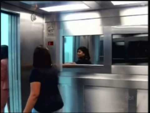 Menina Fantasma No Elevador | Ghost Girl In Elevator | Câmera Escondida | Hidden Camera video
