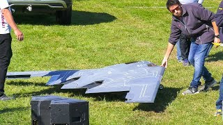 GIANT RC MODEL JET NORTHROP B-2 SPIRIT STEALTH FIGHTER DEMO FLIGHT!! / Jet Power Fair 2017