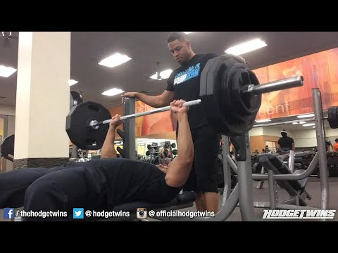 Heavy Chest & Arms Workout hodgetwins video