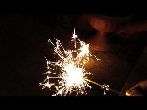 Handheld Fireworks ~Japanese Kids' Summer Activity~ [iPhone 4S/HD]