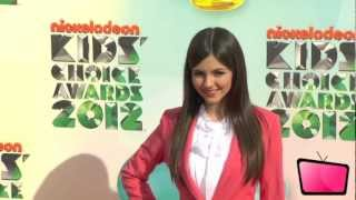 One Direction, Selena Gomez & More Hit The Orange Carpet At The 2012 KCA