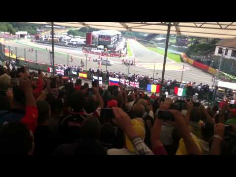 Formula 1 Massive Start Crash Belgien 2012 live on Tribune Gold 8
