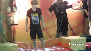 [Fancam]120625 Go All Out Luhan running on water