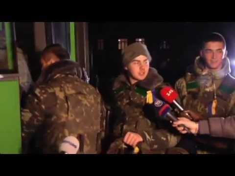 Ukrainian Folk Songs for Soldiers Heading to Front: Kyiv residents cheer troops with Christmas gifts