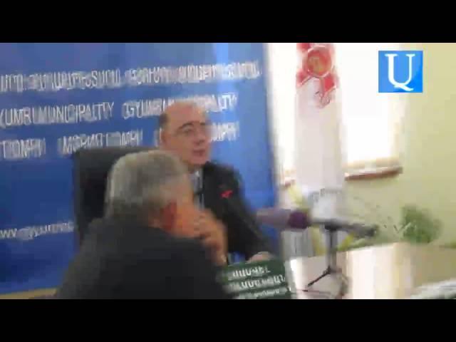 Գյումրու ավագանին Արսեն Ջուլֆալակյանին հողատարածք ձեռք բերելու համար գումար հատկացրեց