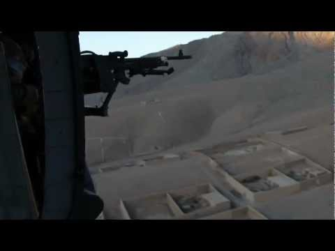 Aussie Soldiers Chopper Into Tarin Kot Base In Afghanistan - Australian Military In Afghanistan