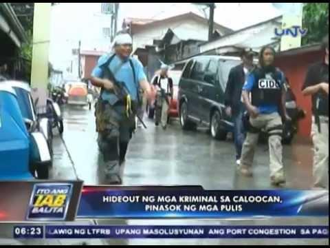 Hide out ng mga kriminal sa Caloocan, pinasok ng mga pulis