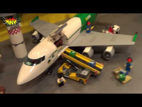LEGO CITY Cargo Terminal 60022 Preview 2013 NY Toy Fair