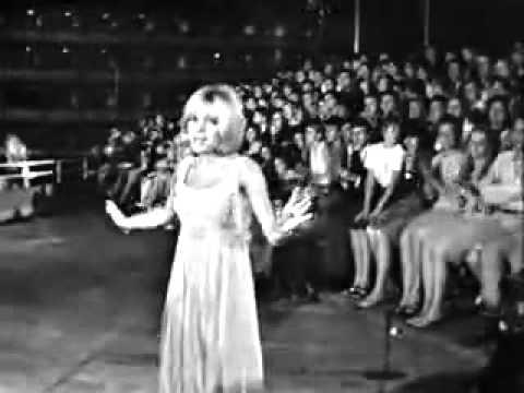 France Gall - Et des baisers (1966)