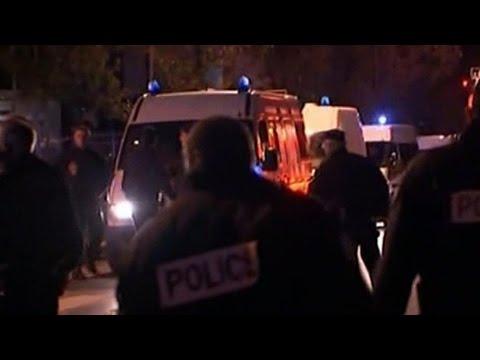 Atentados múltiples en París: los videos que registran el pánico en toda la ciudad