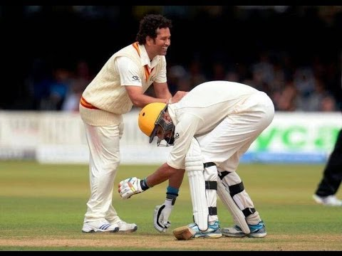 Yuvraj touching Sachins feet | MCC vs ROW XI
