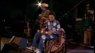 Watch Ben Harper Gold To Me video