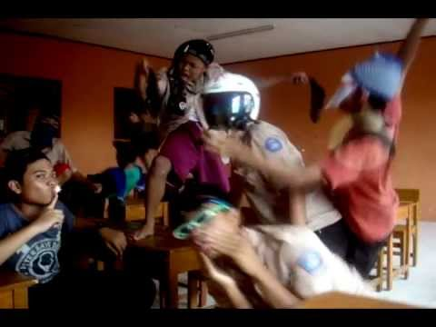 The Harlem Shake AV 3