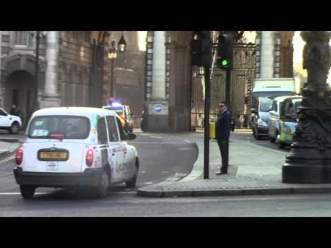 British Transport Police - Vauxhall Vivaro Responding in Central London