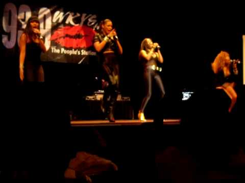 Richgirl Performing 'He Ain't With Me Now Tho' At Russ Bus Tour '09