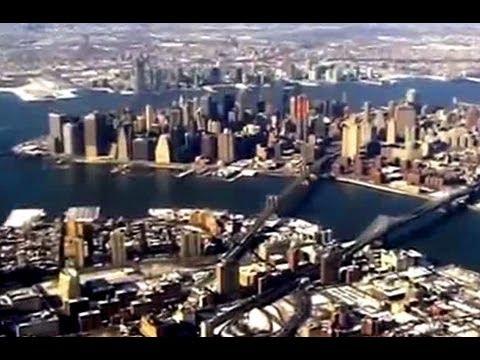 Landing in New York City - Amazing Manhattan View - Tourism USA
