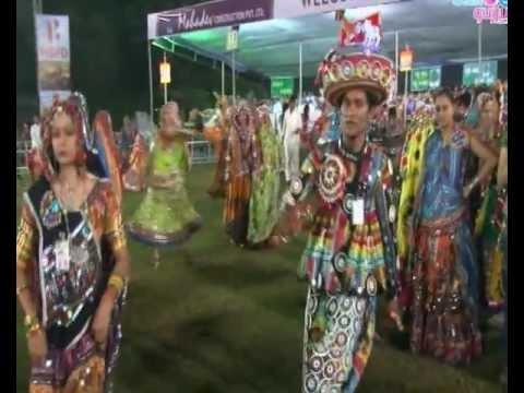 Radhe Raas Garba Ahmedabad Navratri - 2011 - Rajdeep Barot -...