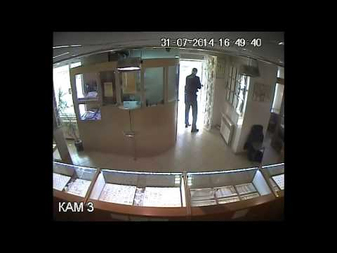 Ювелирный салон в подмосковье ограбили на 75 млн рублей